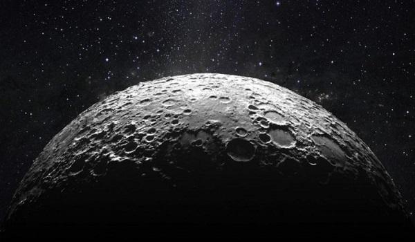 Έτσι είναι η σκοτεινή πλευρά της Σελήνης