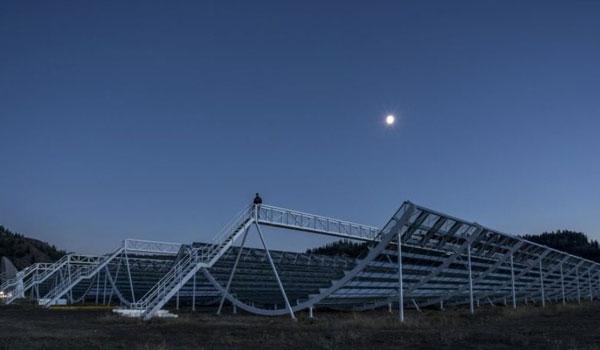 Μυστηριώδες αντικείμενο στέλνει σήμα στη Γη κάθε 16 ημέρες από απόσταση 500 εκατ. ετών φωτός