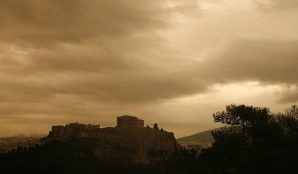 Καιρός: Τοπικές βροχές και αφρικανική σκόνη την Τετάρτη
