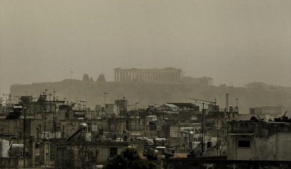 Ο καιρός της Μ. Πέμπτης: Σκόνη, βροχή, λάσπη και υψηλές θερμοκρασίες