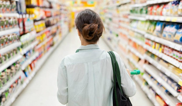 ΑΑΔΕ: Αυτά είναι τα προϊόντα που μένουν στον ΦΠΑ 24%