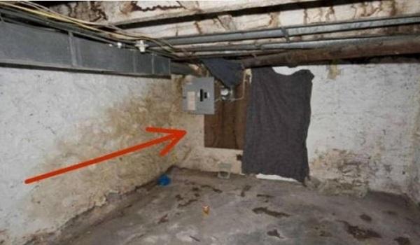 Γκρέμισαν τον τοίχο του σπιτιού τους  - Αλλά βρήκαν κάτι απίστευτο
