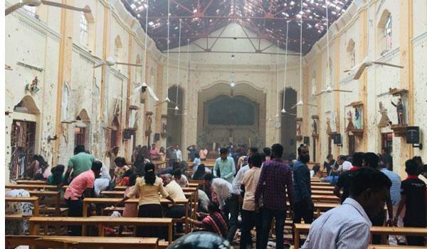 Πολύνεκρες επιθέσεις σε εκκλησίες και ξενοδοχεία στη Σρι Λάνκα- Εκατοντάδες νεκροί και τραυματίες