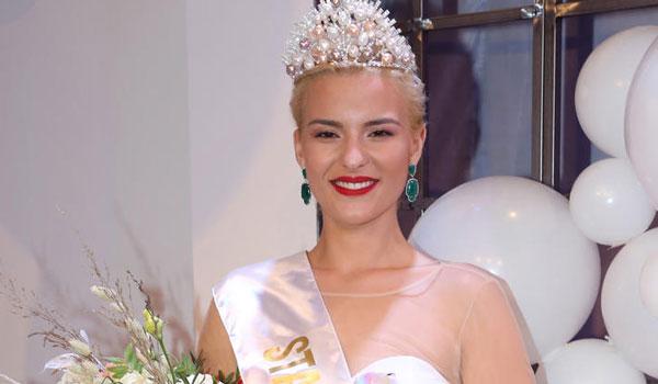 Απίστευτη καταγγελία της Σταρ Ελλάς: Μου επιτέθηκε η Μις Αυστραλία πριν τον διαγωνισμό Miss World!
