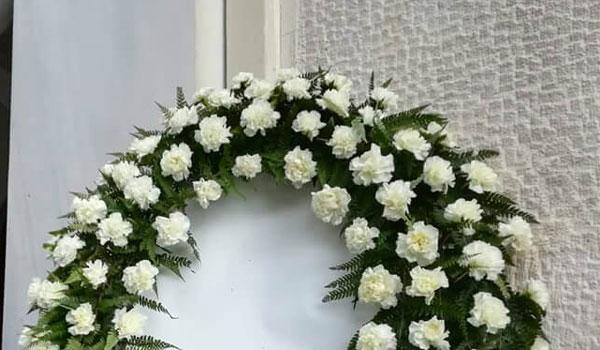Λαμία: Βουβός πόνος και απέραντη θλίψη στην  κηδεία της 13χρονης Ιωάννας