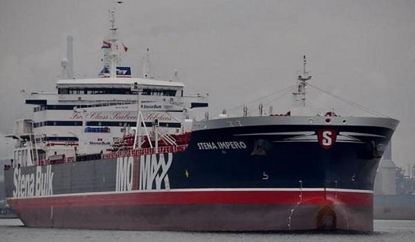 """Βρετανία: Αναμένονται κυρώσεις στο Ιράν μετά τη """"σύλληψη"""" δεξαμενόπλοιου στον Κόλπο"""