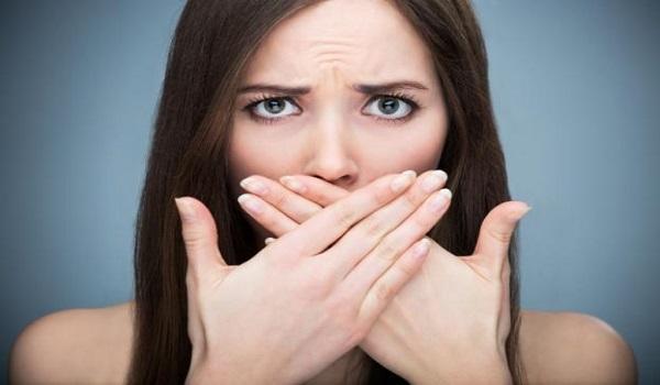 Καρκίνος του στόματος: Προσοχή στα αθώα συμπτώματα