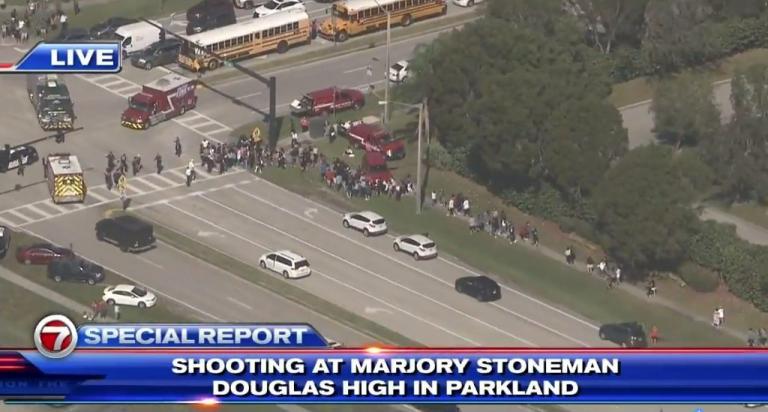 Πιστολέρο σκόρπισε τον τρόμο σε σχολείο στην Φλόριντα. Τουλάχιστον ένας νεκρός!
