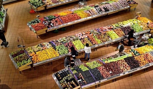 Ερχονται αλλαγές στα σούπερ μάρκετ: Στήνουν ράφια για τους 30αρηδες