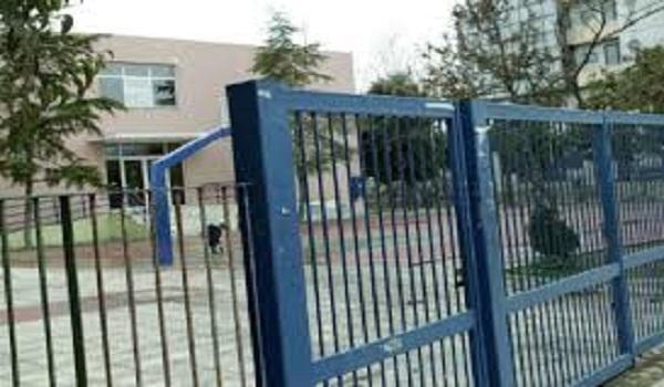 Απείλησαν τη δημοσιογράφο που αποκάλυψε το περιστατικό με τον ξυλοδαρμό μαθητή στον Βύρωνα