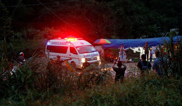 Ταϊλάνδη: Ναρκωμένα βγήκαν τα 8 παιδιά από το σπήλαιο! Γιατί τα απομόνωσαν
