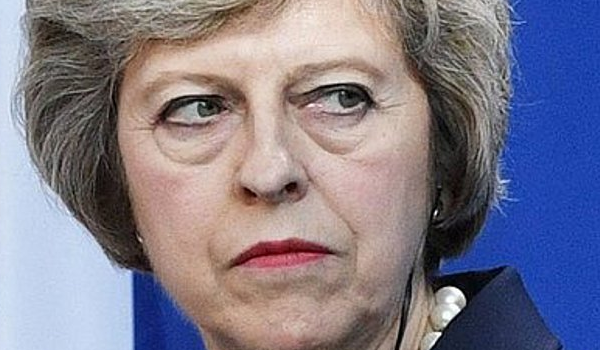 Βρετανία: Υπουργοί πιστεύουν ότι η Μέι θα παραιτηθεί το καλοκαίρι