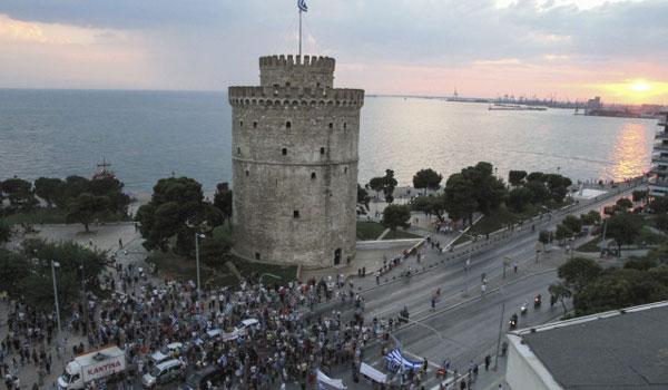Επεισόδια στη Θεσσαλονίκη για τη Μακεδονία. Ένας τραυματίας