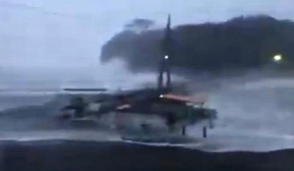 Τυφώνας στην Ιαπωνία: Βυθίστηκε εμπορικό πλοίο με 12μελες πλήρωμα