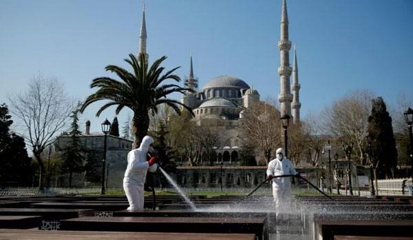 Τουρκία-Covid-19: Τα νέα κρούσματα ξεπέρασαν σήμερα τα 1.000