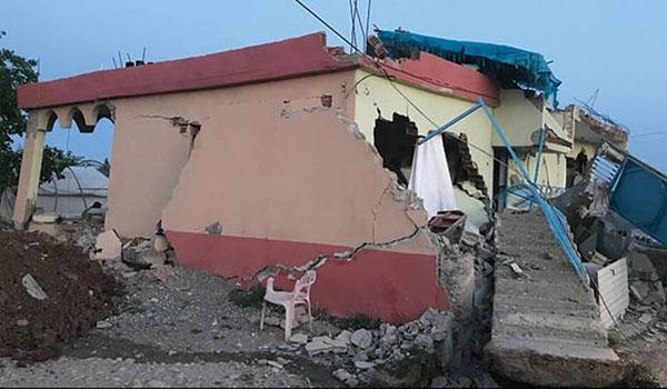 Σεισμός στην Τουρκία : Στους 35 οι νεκροί – Κίνδυνος για κατάρρευση και άλλων κτιρίων