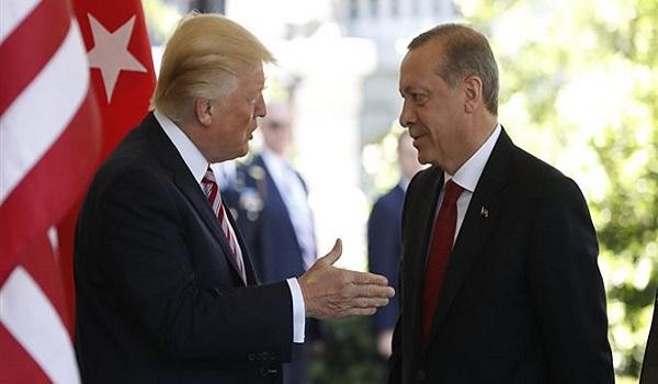 Τελεσίγραφο Τραμπ σε Ερντογάν: Μέχρι στις έξι το απόγευμα να έχει απελευθερωθεί ο πάστορας