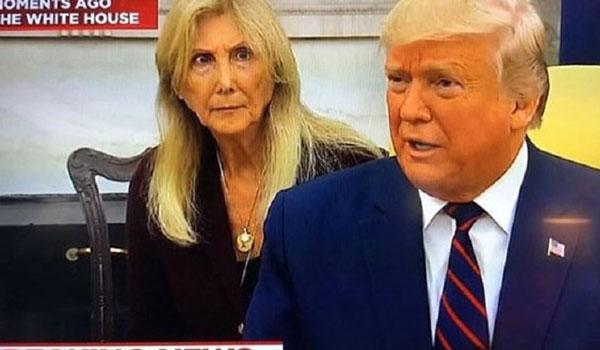 Τα μαργαριτάρια του Τραμπ σόκαραν τη μεταφράστρια!