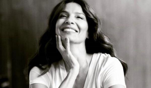 Πόπη Τσαπανίδου: Πλέον αισθάνομαι πως υπάρχει ζωή που μπορώ να την ζήσω