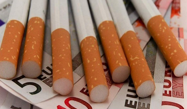 Αντικαπνιστικός νόμος: Από 100 έως 10.000€ τα πρόστιμα - Διαβάστε την Υπουργική Απόφαση