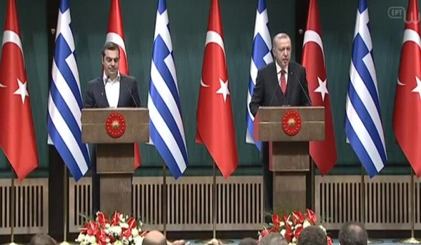 Ερντογάν: Να εκδοθούν οι 8 - Τσίπρας: Σεβασμός στη Δικαιοσύνη