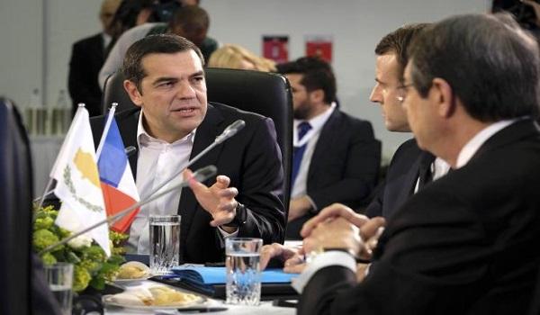 Τσίπρας : Λύση χωρίς εγγυήσεις και κατοχικά στρατεύματα - Μήνυμα για τη συνάντηση με Ερντογάν