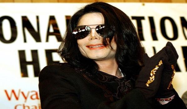 Μάικλ Τζάκσον: Συγκλονίζουν τα στοιχεία από τη νεκροψία του - Δεν είχε μαλλιά, ζούσε με χάπια