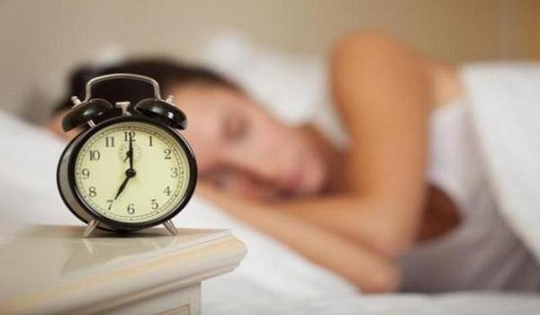Ποια είναι η διάρκεια του μεσημεριανού ύπνου που μειώνει κατά 48% τον κίνδυνο για την καρδιά