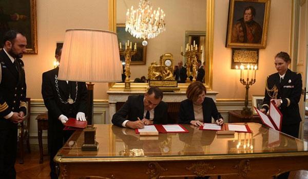 'Επεσαν οι υπογραφές για τις γαλλικές φρεγάτες - Τι συζητήθηκε για τα Mirage και ελικόπτερα