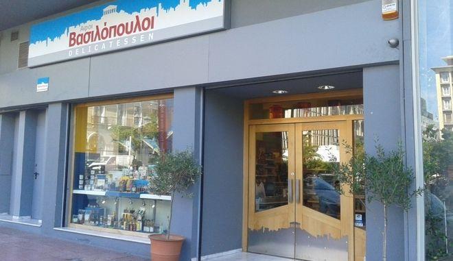Ιστορικό «λουκέτο» στο κέντρο της Αθήνας μετά από 112 χρόνια - Στην θέση του κατάστημα Κρητικός