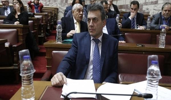 Κόντρα Βρούτση με ΣΥΡΙΖΑ για τις εκκρεμείς συντάξεις