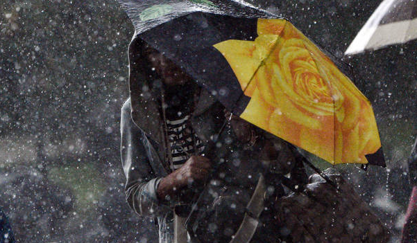 Καταιγίδα στην Αττική, επιδείνωση του καιρού τις επόμενες ώρες - Η ανάρτηση Αρναούτογλου