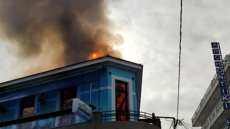 Μεγάλη φωτιά στα Χανιά: Στάχτη γνωστό κατάστημα