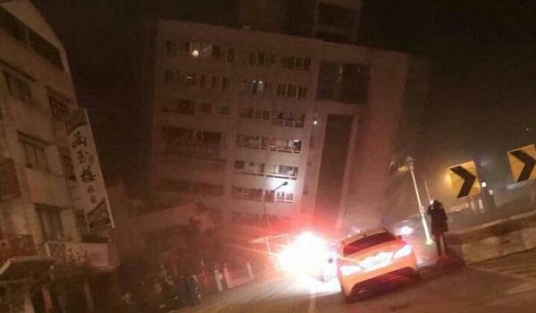 Σεισμός 6,1 Ρίχτερ στην Ταϊβάν. Κατέρρευσε ξενοδοχείο. Φόβοι για παγιδευμένους