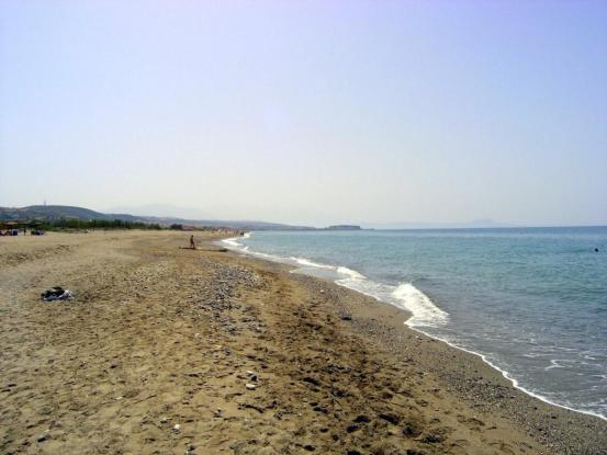 Θρίλερ: Ανθρώπινα οστά ξέβρασε η θάλασσα στα Περβόλια της Κύπρου