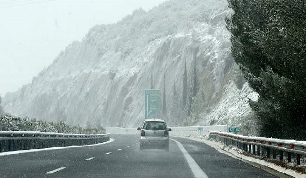 Έρχεται νέα κακοκαιρία εξπρές με χιόνια, καταιγίδες και  μποφόρ