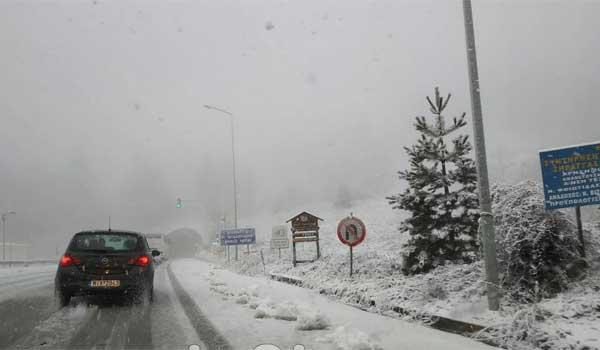 Προειδοποίηση Αρναούτογλου για νέα κατεβασιά κρύου με χιόνια και στα πεδινά