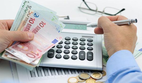 Ποιοι απαλλάσσονται από τα χρέη σε δημόσιο και τράπεζες την 1η Μαΐου