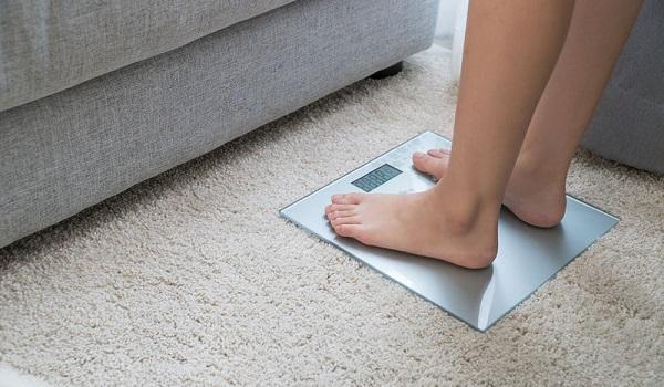 Καρκίνος μαστού: Ο παράδοξος προστατευτικός παράγοντας που συνδέεται με το βάρος