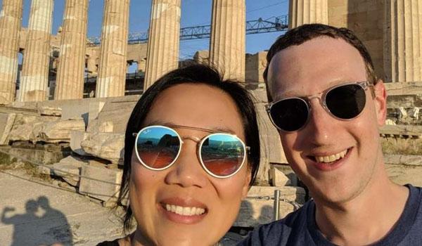Στην Ακρόπολη ο Μαρκ Ζούκερμπεργκ με τη σύζυγό του!